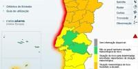 Высота волн у берегов Португалии может достичь  8 метров