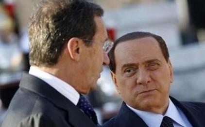 Берлускони отвергает идею об отставке