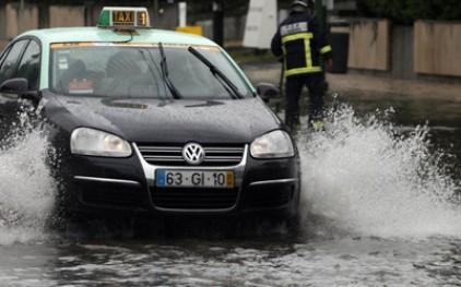 В Португалии шалит непогода