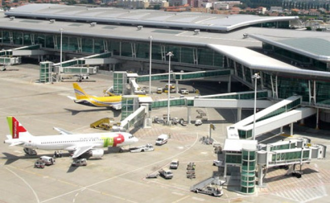Новый аэропорт в Португалии откроется в 2017 году