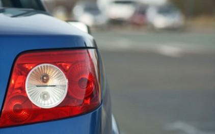 Испанцы купили чуть больше машин в 2010 году, чем в предыдущем