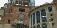 Испанец уже полвека в одиночку строит храм