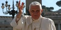 Папа Римский Бенедикт XVI примет в пятницу главу ПНА Аббаса