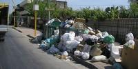Неаполь вновь во власти мусора