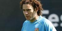«Барселона» расторгла контракт с защитником Габриэлем Милито