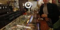 Испанцы отказываются от баров
