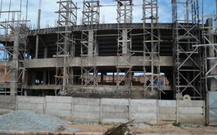 В Португалии за год закрылись почти полторы тысячи строительных фирм