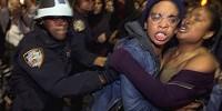 В США задержаны почти 450 участников массовых акций протеста