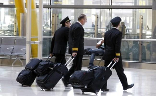 В Испании из-за забастовки пилотов отменено более 100 рейсов