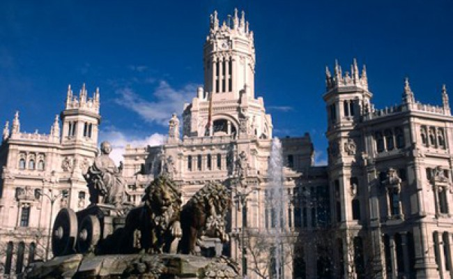Испания заработала на туристах около 50 млрд евро