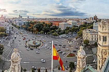 В Испании официально начался период постковидной реальности