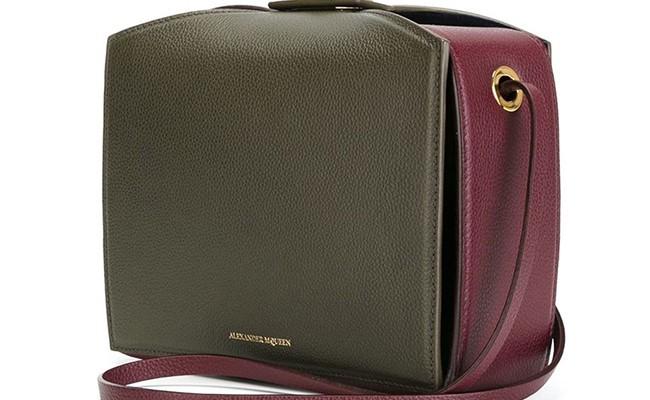 Alexander McQueen переосмыслил дизайн классической сумки