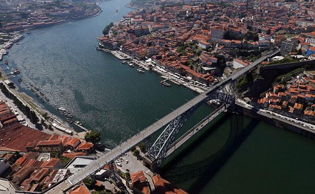 Португалия: в каждой второй квартире в Порту можно обнаружить туриста