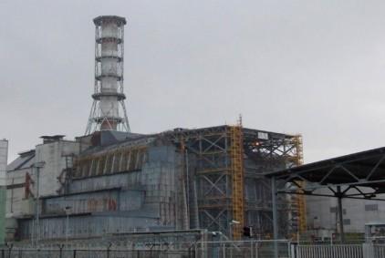Украина начинает строить новый саркофаг над разрушенным блоком ЧАЭС