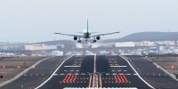 Испания: самолет совершил экстренную посадку из-за родов