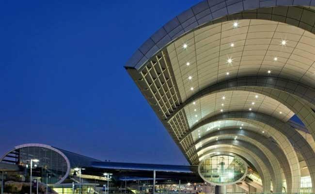 Крупнейший аэропорт Милана прерывал работу из-за сообщения о бомбе