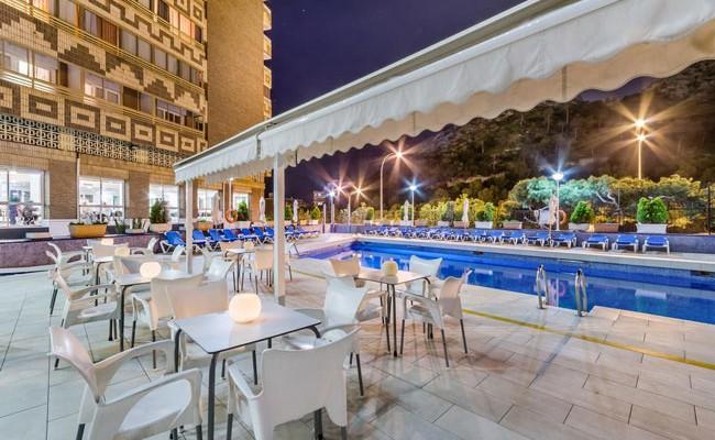 Испания: отели в Аликанте подешевели на 11%