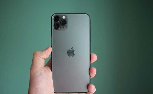 iPhone 11 Pro Max признали лучшим смартфоном