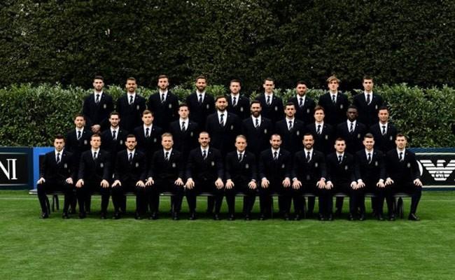 Италия: Giorgio Armani оденет итальянских футболистов