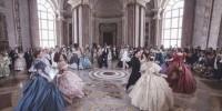Италия: Гран-бал Бурбонов в нарядах эпохи