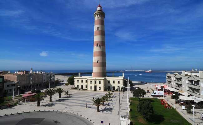 Туристы полюбили маяки Португалии
