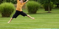 Датским детям запретили прыгать на батутах и кричать