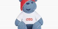 Голубого медведя Louis Vuitton в футболке Supreme продадут