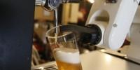 В Испании пиво наливает робот
