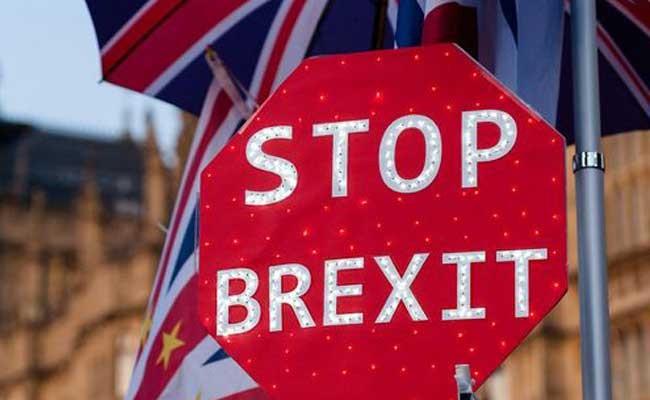 Три британские партии договорились голосовать против Brexit
