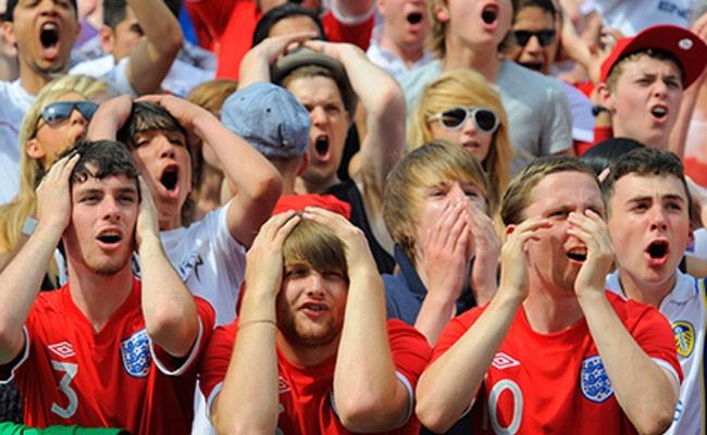 Сотни британских фанатов остались без чемпионата мира