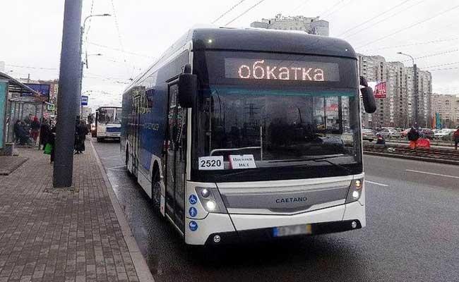 В Петербурге начались испытания электробуса из Португалии
