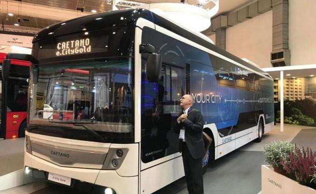 На улицы Петербурга выпустят электробус из Португалии