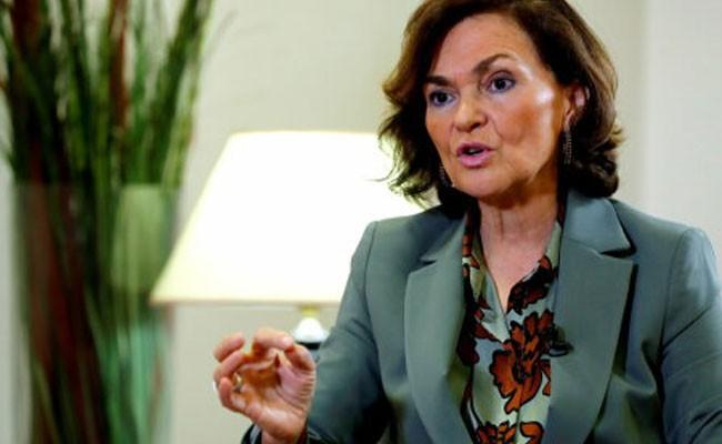 Вице-премьер Испании Кармен Кальво заболела коронавирусом