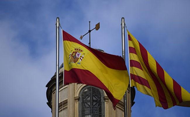 Испания: в каталонском женералитете прошли обыски