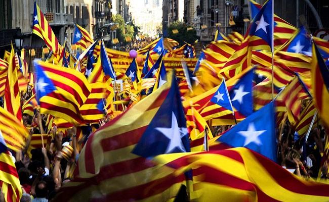 60% испанцев требует предотвратить каталонский референдум