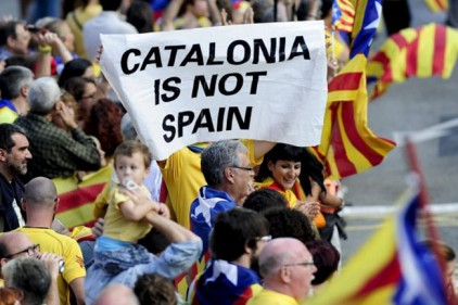 Жители Испании бойкотируют против товаров из Каталонии