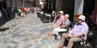 В Страстную неделю испанцам запретят выходить со своим стулом