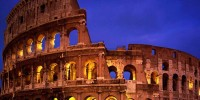 Италия: француженку арестовали за порчу Колизея