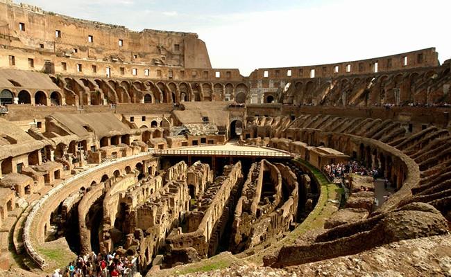 Италия: выставка по истории Колизея открылась в Риме