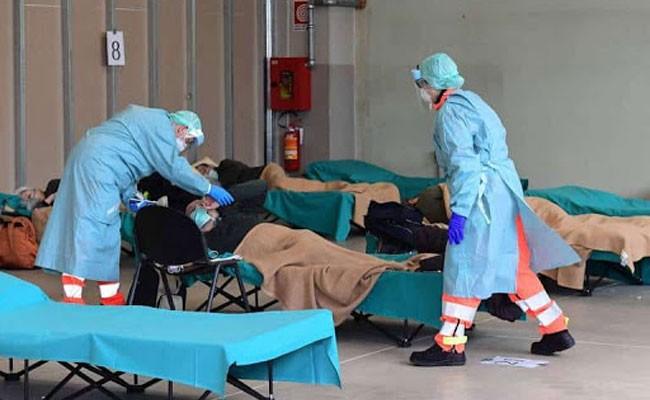От коронавируса в Испании умерли 2696 человек