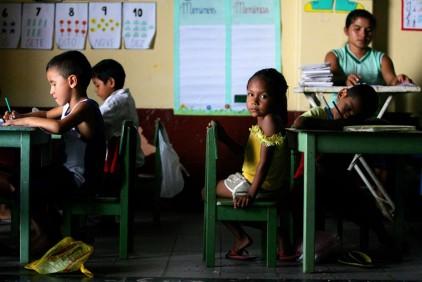 Дети эмигрантов за рубежом будут платить за обучение португальскому языку
