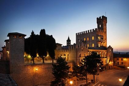 Италия: бывший дворец Папы Римского выставлен на продажу