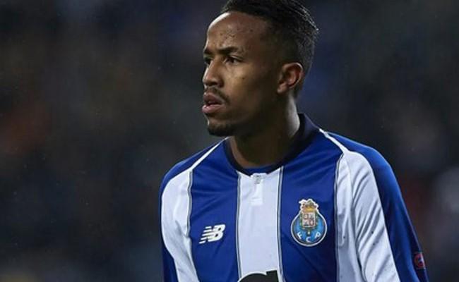 Португалия: «Реал» объявил о приобретении защитника «Порту»