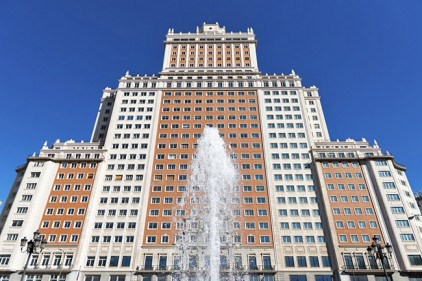 Высотка «Испания» в Мадриде продана за 272 млн евро