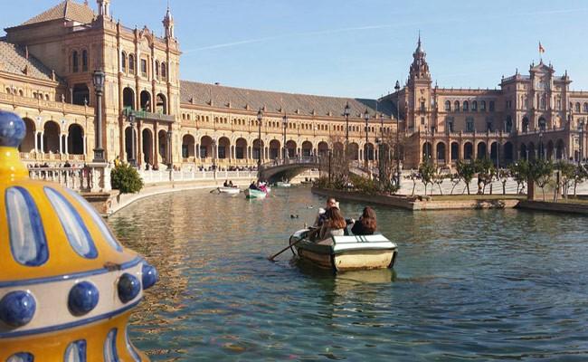 Испанцы больше других европейцев довольны своей жизнью