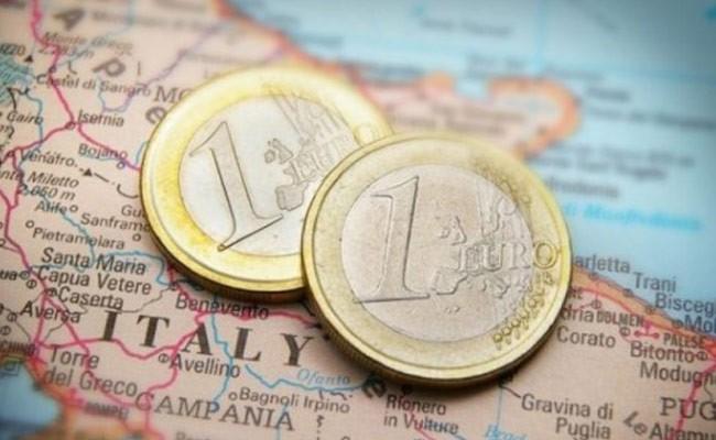 Италия: размер оплаты труда менее 9 евро в час – это рабство