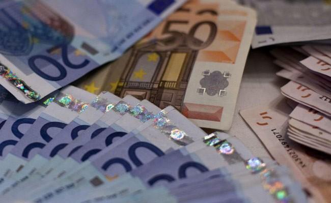 Мэры итальянских городов просят правительство повысить им зарплаты