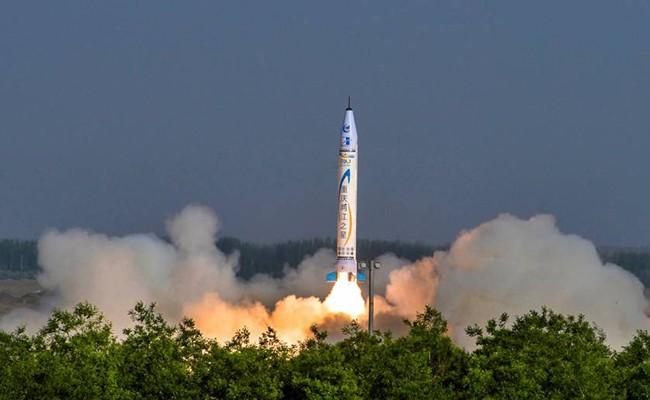 «Китайская SpaceX» запустила первую ракету