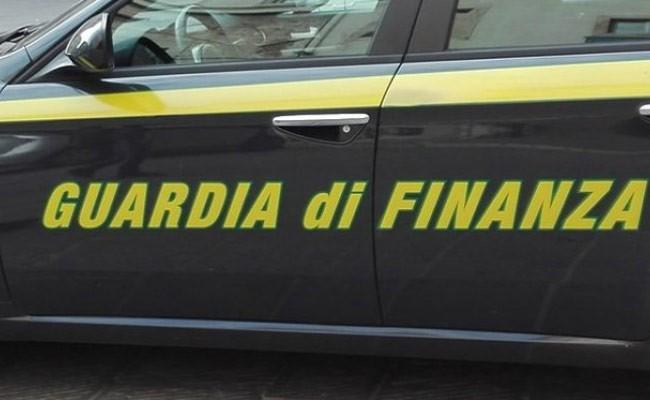 Италия: более 35 млн фальшивых евро изъято неподалеку от Неаполя
