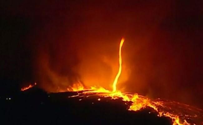 «Огни дьявола» или огненный торнадо в Португалии